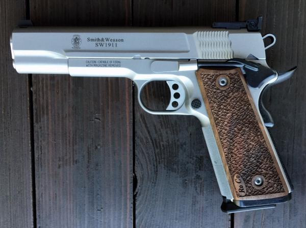 Smith & Wesson - 1911 AS Pro Series 9 Luger