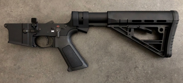 Schmeisser AR15-Lower komplett mit Schubschaft