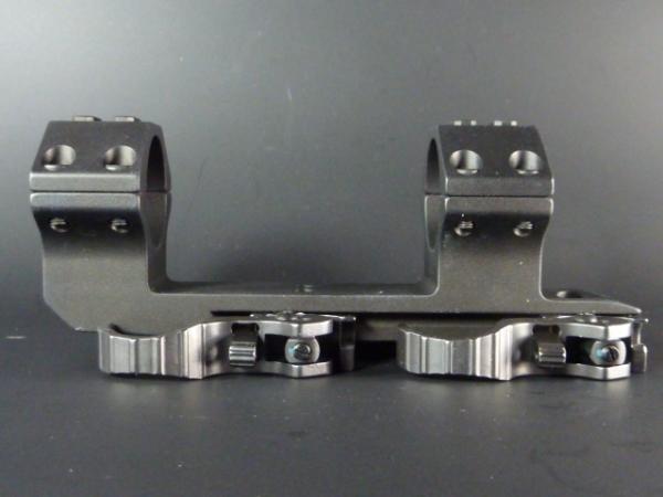 ERA-TAC - Montage mit 30mm-Ringe für AR15