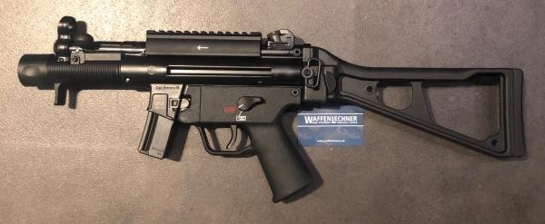 Heckler & Koch SP5K mit Picatinny-Schiene und Schulterstütze, 9mm Luger