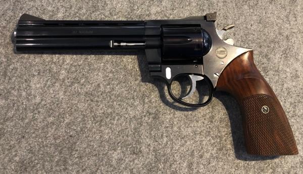 Korth Ratzeburg, Kal. .357 Magnum