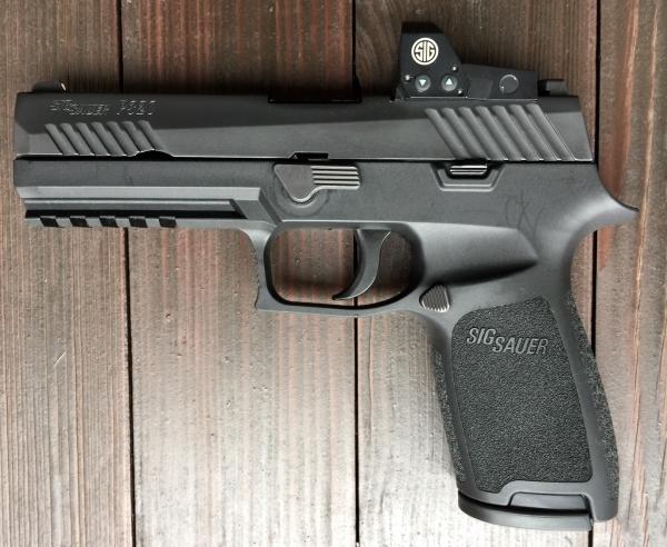 SIG Sauer P320 mit Romeo1, Kal. 9mm Luger, Vorführwaffe