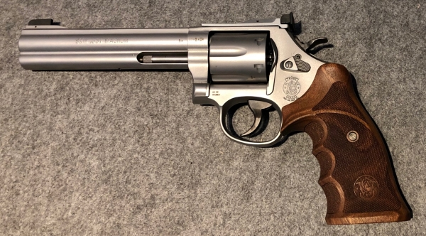 Lagerabverkauf! Smith & Wesson M686 Target Champion .357 Magnum